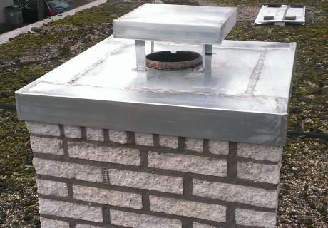 zinken schoorsteenkap gemaakt in Huissen febr 2013